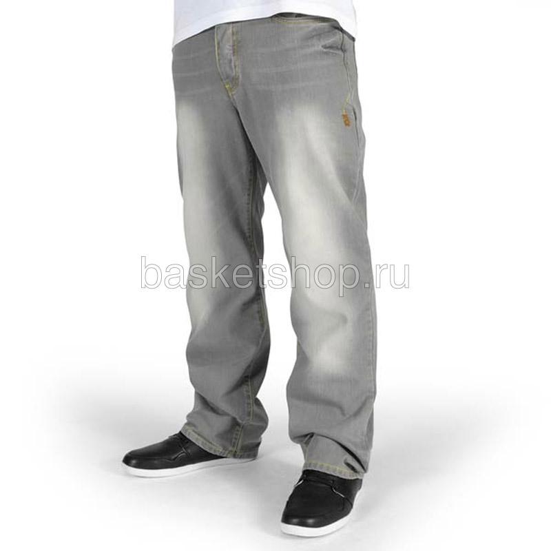 Джинсы K1X basic medium full cut jeansБрюки и джинсы<br>хлопок<br><br>Цвет: серый<br>Размеры US: 32;34<br>Пол: Мужской