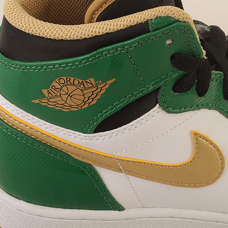 Купить детские белые, зеленые  кроссовки air jordan 1 retro high в магазинах Streetball изображение - 3 картинки