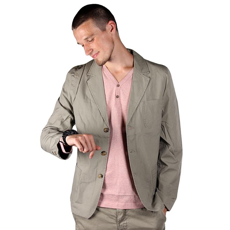 Пиджак Wemoto BrittКуртки, пуховики<br>канвас, нейлон<br><br>Цвет: серый<br>Размеры US: S;M;L<br>Пол: Мужской
