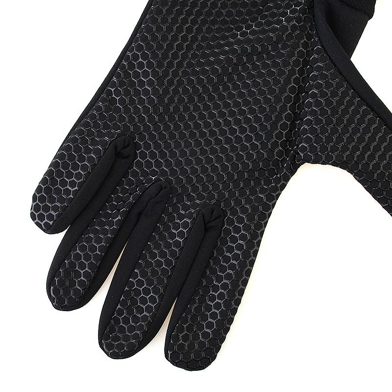 Перчатки UA Armourtech Glove Black от Streetball
