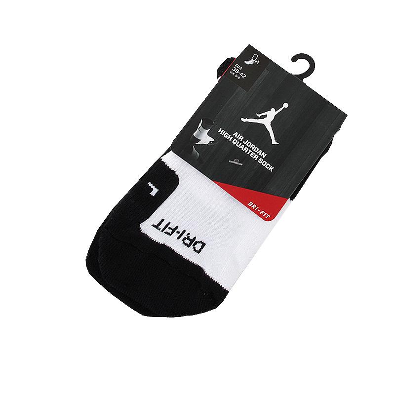 Носки Air Jordan DriFit CrewНоски<br>полиэстер, хлопок<br><br>Цвет: Черный, белый<br>Размеры US: L<br>Пол: Мужской