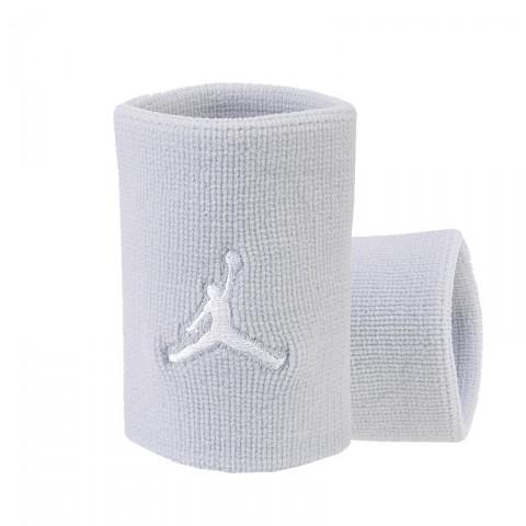 Купить мужскую серую, белую  повязка на руку jordan dominate wristband в магазинах Streetball - изображение 1 картинки