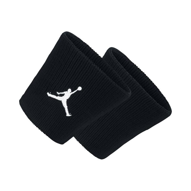 Повязка на руку Jordan Dominate WristbandПовязки<br>95% нейлон, 4% резина, 1% эластан<br><br>Цвет: Черный, белый<br>Размеры US: 1SIZE<br>Пол: Мужской