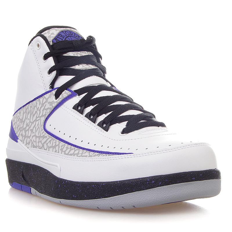 Кроссовки Air Jordan 2 Retro Dark ConcordКроссовки lifestyle<br>кожа, резина<br><br>Цвет: Черный, серый, фиолетовый<br>Размеры US: 12.5