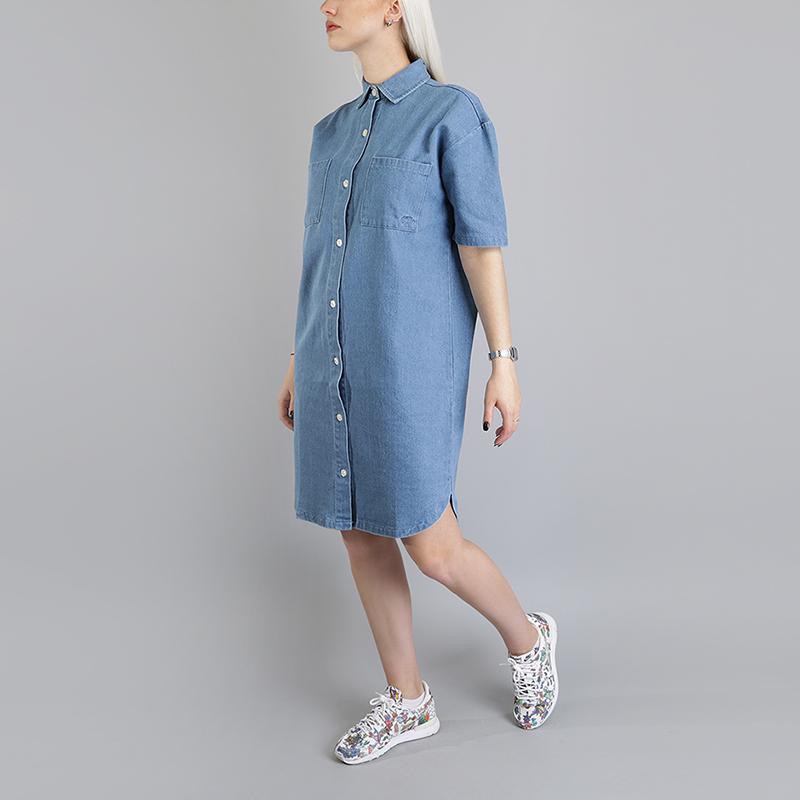 Платье Stussy Vernon Denim DressПлатья<br>100% хлопок<br><br>Цвет: Голубой<br>Размеры US: XS;S;M;L<br>Пол: Женский