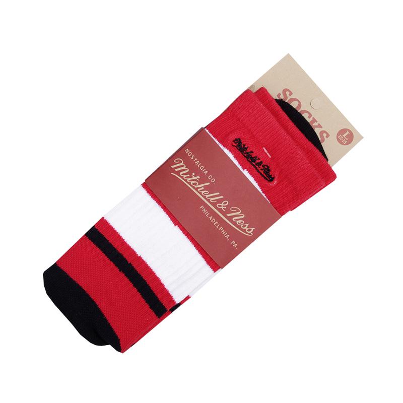 НоскиНоски<br><br><br>Цвет: Красный, черный<br>Размеры : L<br>Пол: Мужской