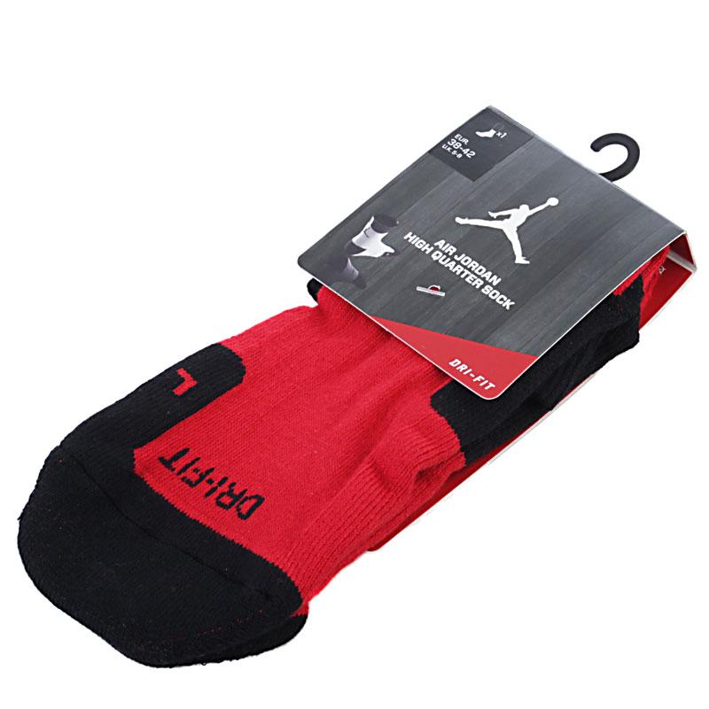Носки Air Jordan Drifit CrewНоски<br>Полиэстер, нейлон, хлопок, эластин<br><br>Цвет: Красный, черный<br>Размеры US: M;L<br>Пол: Мужской