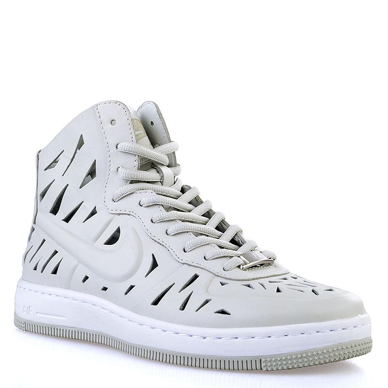 Кроссовки Nike Sportswear WMNS AF1 Ultra Force Mid Joli QSКроссовки lifestyle<br>Кожа, текстиль, синтетика<br><br>Цвет: Серый<br>Размеры US: 5;8.5<br>Пол: Женский
