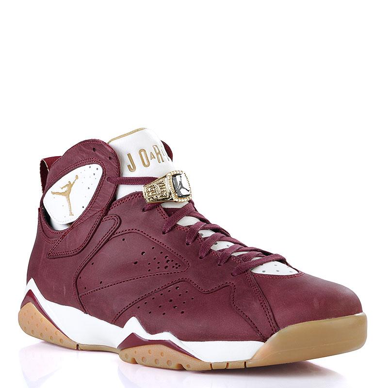 Кроссовки Air Jordan VII Retro C&amp;CКроссовки lifestyle<br>Кожа, текстиль, синтетика, резина<br><br>Цвет: Бордовый, белый, коричневый<br>Размеры US: 14<br>Пол: Мужской