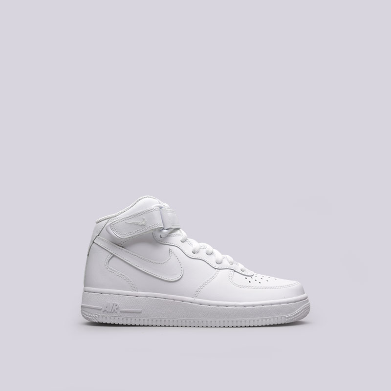 Кроссовки Nike WMNS Air Force 1 Mid `07 LEКроссовки lifestyle<br>Кожа, текстиль, резина<br><br>Цвет: Белый<br>Размеры US: 5;5.5;6;6.5;7.5;8.5;9<br>Пол: Женский