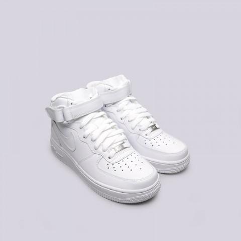 Купить женские белые  кроссовки nike wmns air force 1 mid `07 le в магазинах Streetball - изображение 5 картинки