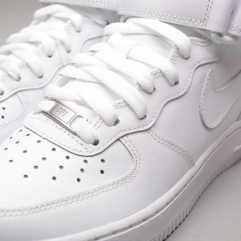 Купить женские белые  кроссовки nike wmns air force 1 mid `07 le в магазинах Streetball - изображение 7 картинки