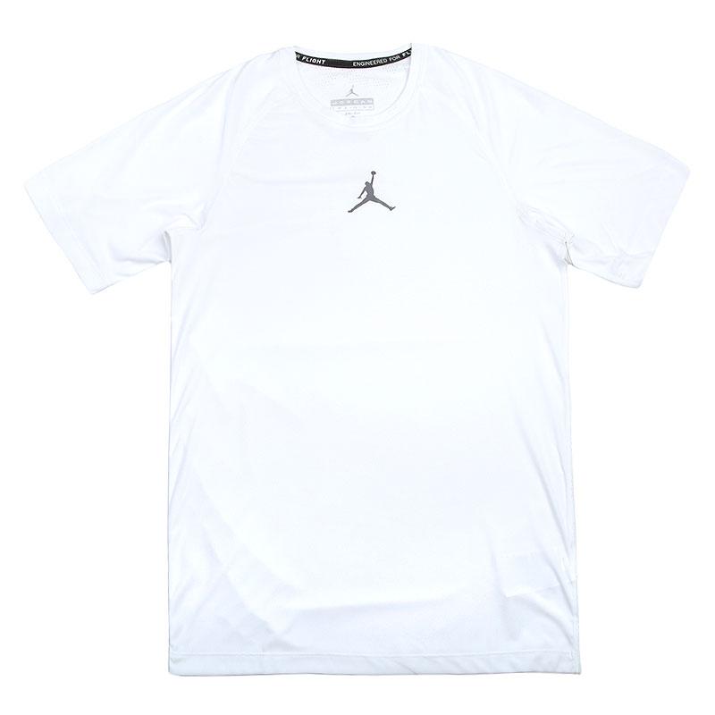Футболка Jordan Stay Cool FittedКомпрессионное белье<br>Полиэстер<br><br>Цвет: Белый<br>Размеры US: 2XL;L;M;S;XL