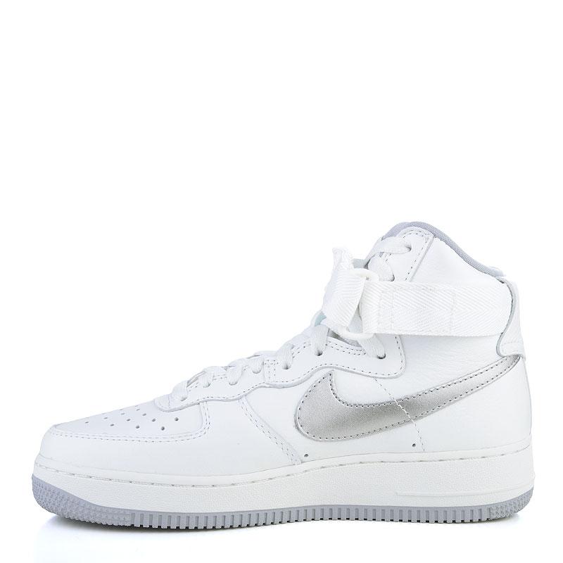Купить мужские белые, серые  кроссовки nike air force 1 hi retro qs в магазинах Streetball изображение - 3 картинки