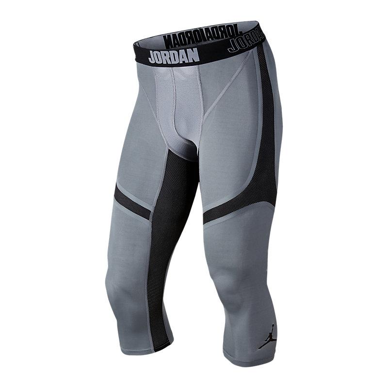 Шорты Jordan AJ Stay Cool Comp 3/4 TightКомпрессионное белье<br>Полиэстер, эластан<br><br>Цвет: Черный, серый<br>Размеры US: S<br>Пол: Мужской