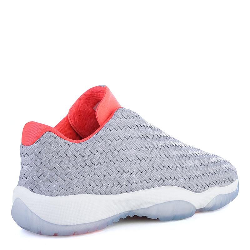 Купить женские серые, коралловые  кроссовки air jordan future low bg в магазинах Streetball изображение - 2 картинки