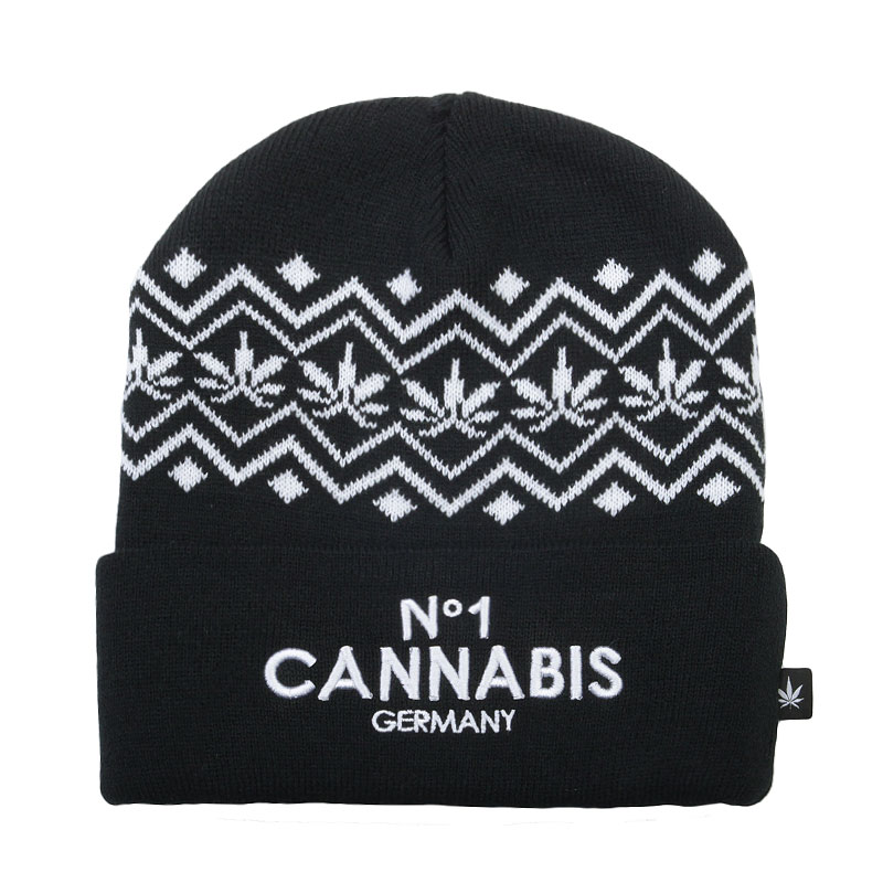 Шапка  True spin CannabisШапки<br>Акрил<br><br>Цвет: Черный, белый<br>Размеры : OS<br>Пол: Мужской