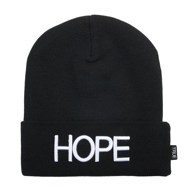 Шапка True spin HopeШапки<br>Акрил<br><br>Цвет: Черный<br>Размеры : OS