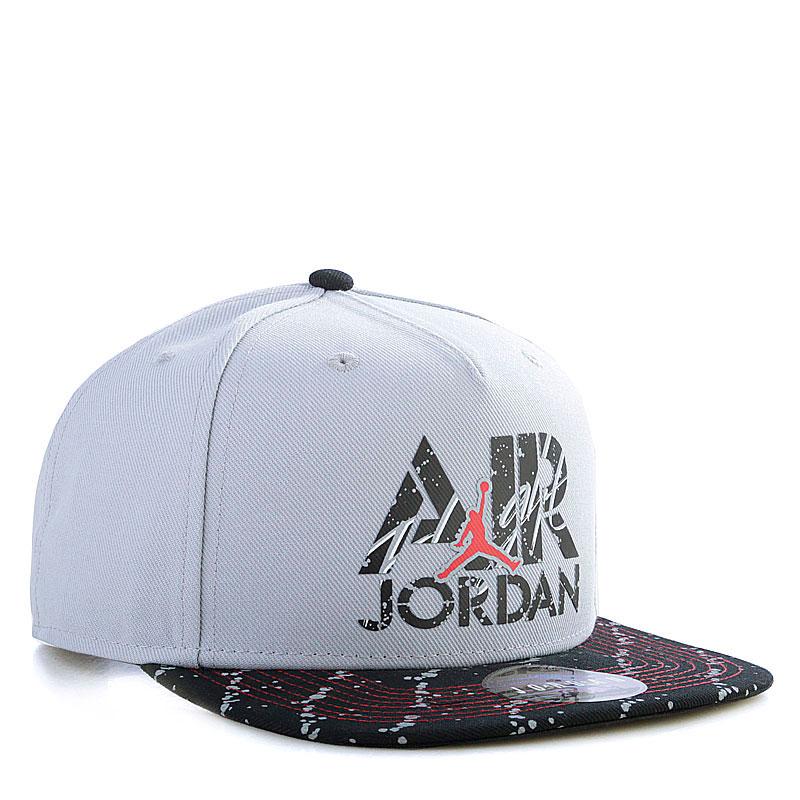 Купить мужскую черную, серую  кепка jordan stencil в магазинах Streetball изображение - 1 картинки