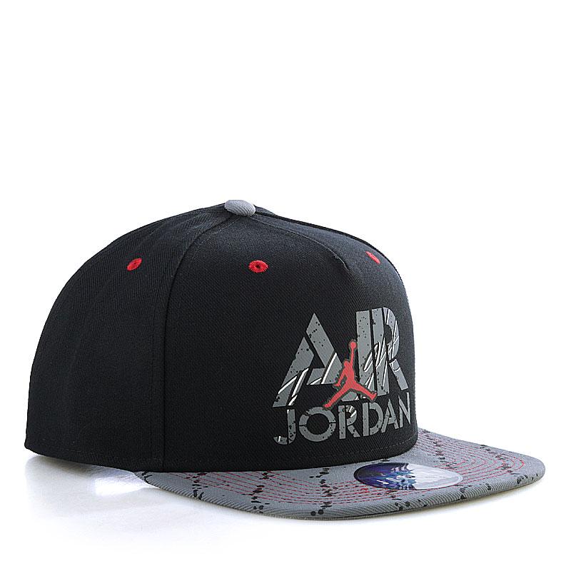 Купить мужскую черную  кепка jordan stencil в магазинах Streetball изображение - 1 картинки