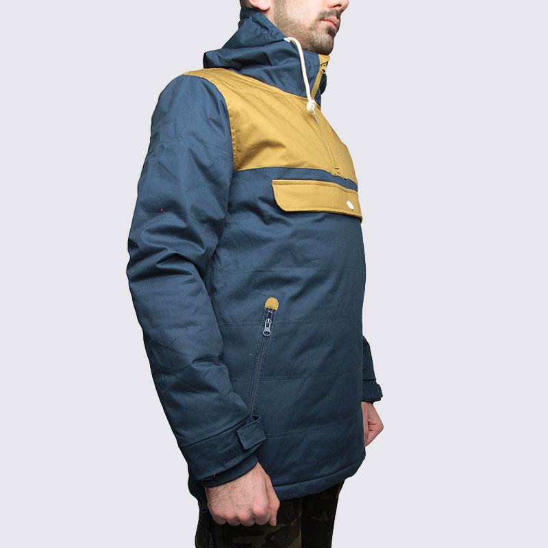 Купить мужскую синюю  куртку true spin анорак cloud jacket blue/bge в магазинах Streetball изображение - 4 картинки