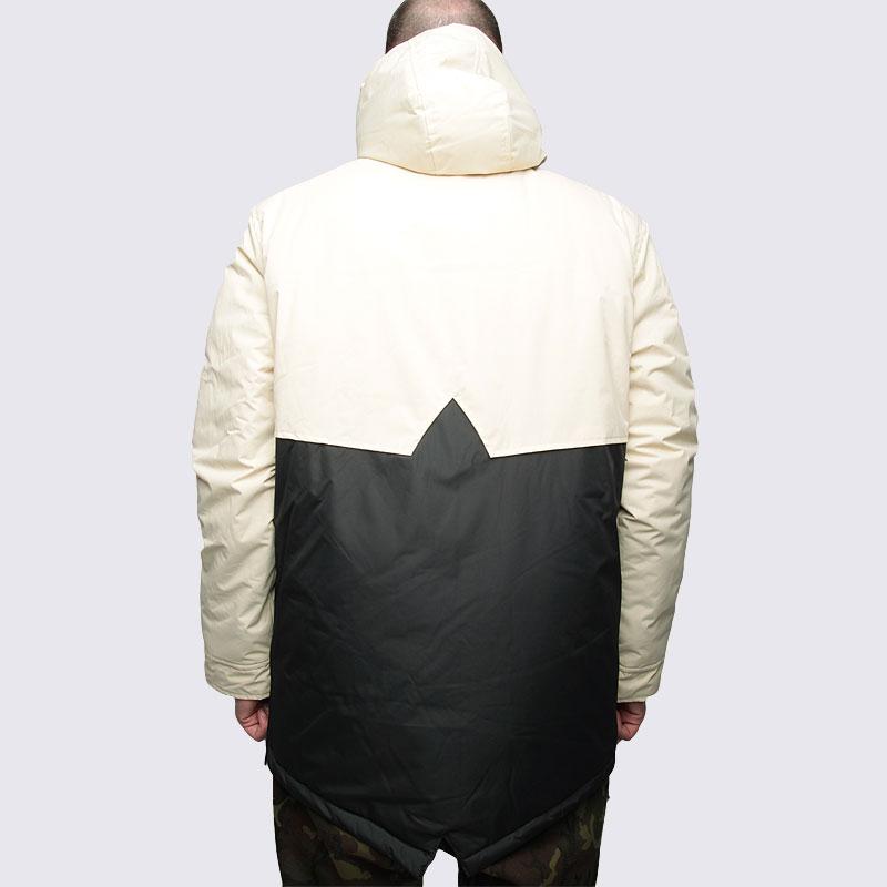 Купить мужскую черную  куртку true spin анорак fishtail beg/blk в магазинах Streetball изображение - 5 картинки