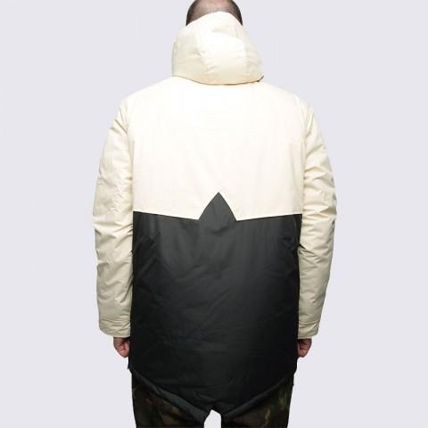 Купить мужскую черную  куртку true spin анорак fishtail beg/blk в магазинах Streetball - изображение 5 картинки
