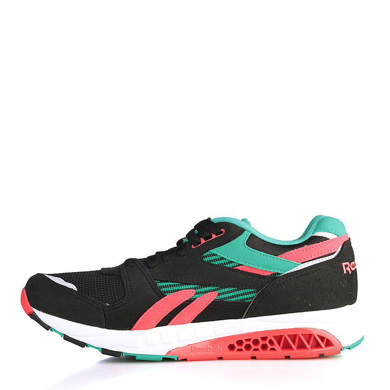 Купить мужские чёрные, зелёные, коралловые, белые  кроссовки reebok ventilator supreme в магазинах Streetball изображение - 3 картинки