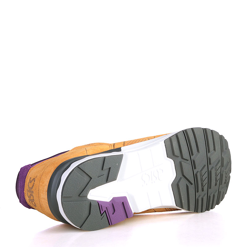 Купить мужские коричнвые, фиолетовые, белые, чёрные  кроссовки asics tiger gel-lyte v lc в магазинах Streetball изображение - 4 картинки