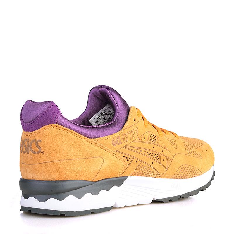 Купить мужские коричнвые, фиолетовые, белые, чёрные  кроссовки asics tiger gel-lyte v lc в магазинах Streetball изображение - 2 картинки