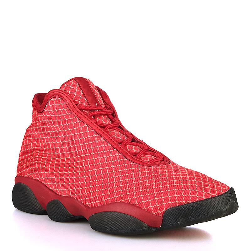 Кроссовки Jordan HorizonКроссовки lifestyle<br>Текстиль, резина<br><br>Цвет: Красный, чёрный<br>Размеры US: 9.5<br>Пол: Мужской