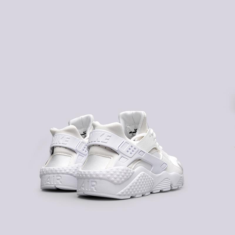 женские белые  кроссовки nike wmns air huarache run 634835-108 - цена, описание, фото 4