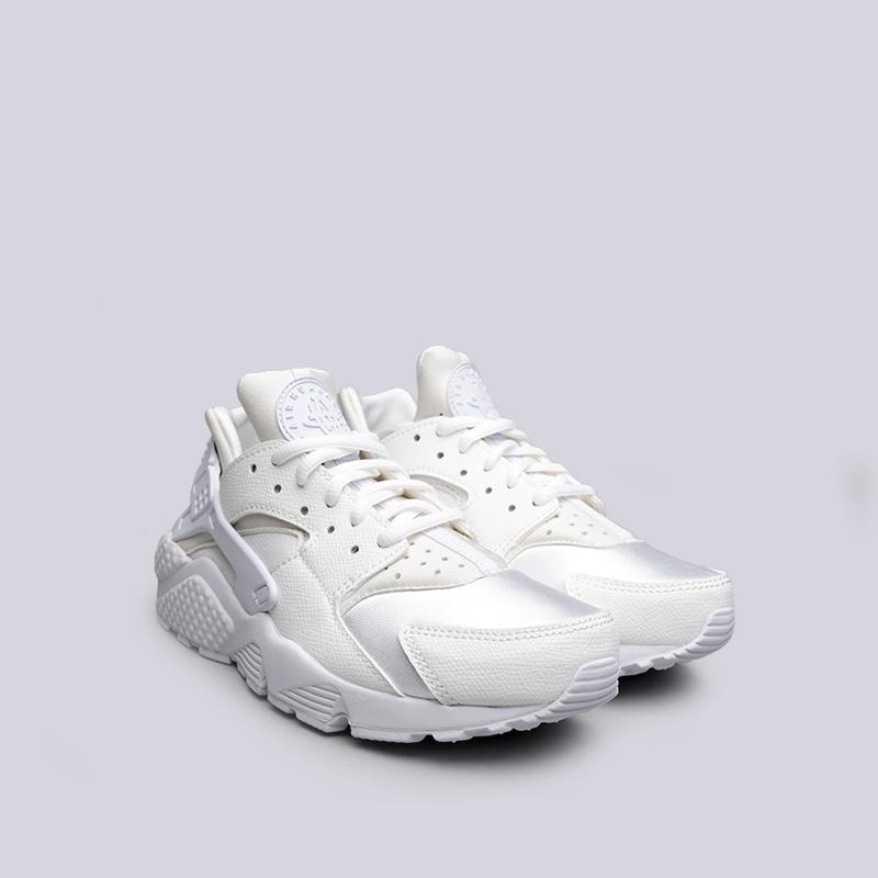 женские белые  кроссовки nike wmns air huarache run 634835-108 - цена, описание, фото 3
