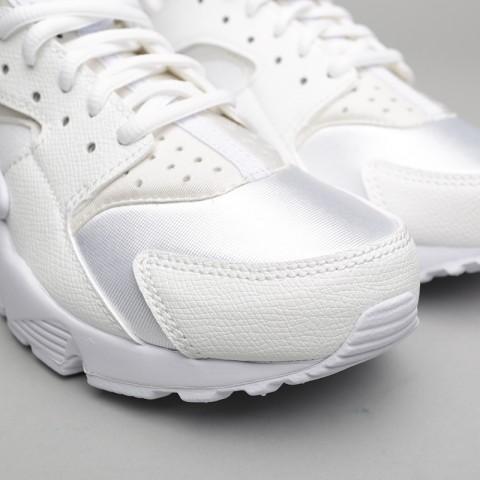 Купить женские белые  кроссовки nike wmns air huarache run в магазинах Streetball - изображение 5 картинки