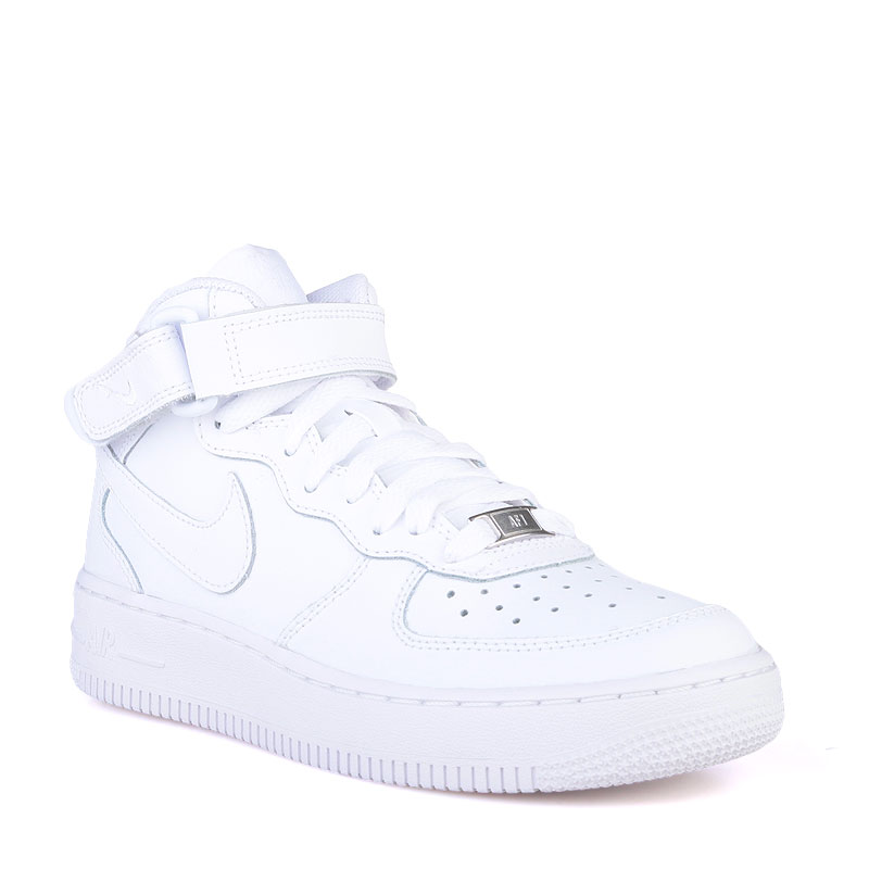Кроссовки Nike Air Force 1 MidКроссовки lifestyle<br>Кожа,текстиль,резина<br><br>Цвет: Белый<br>Размеры US: 4.5Y;5Y<br>Пол: Детский