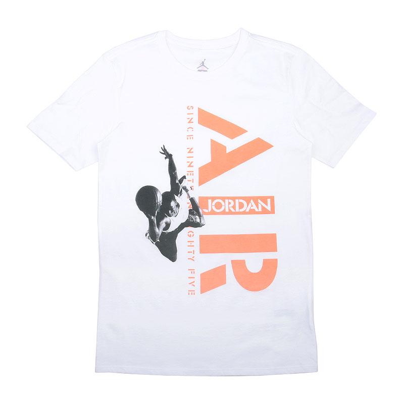 Футболка Jordan SinceФутболки<br>Хлопок<br><br>Цвет: Белый<br>Размеры US: S<br>Пол: Мужской