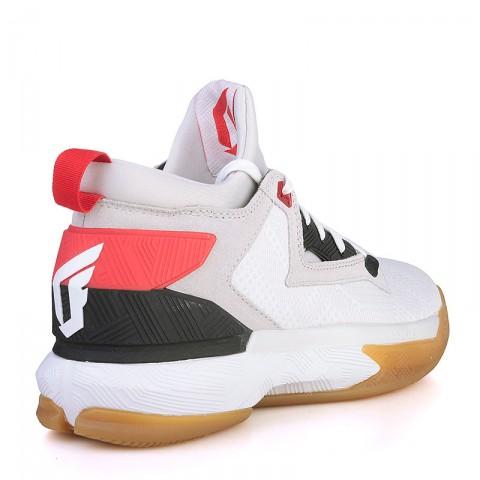 Купить мужские серые, белые, красные, чёрные, коричневые  кроссовки adidas d lillard 2 в магазинах Streetball - изображение 2 картинки