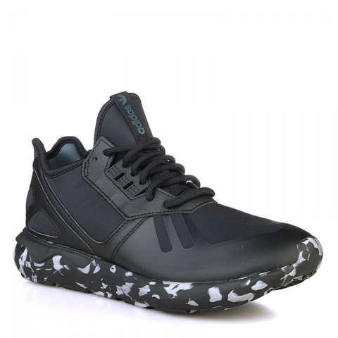 Купить мужские черные, белые  кроссовки adidas tubular runner в магазинах Streetball - изображение 1 картинки