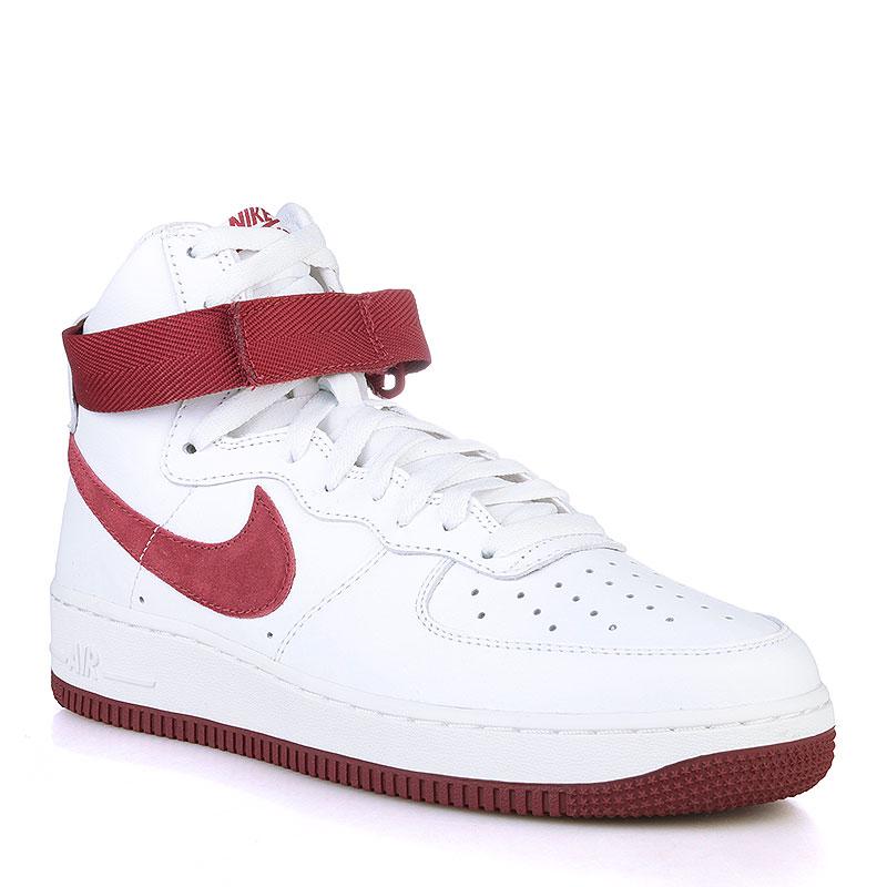 Купить мужские белые, бордовые  кроссовки nike air force 1 hi retro qs в магазинах Streetball изображение - 1 картинки