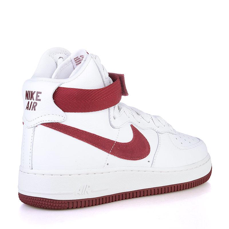 Купить мужские белые, бордовые  кроссовки nike air force 1 hi retro qs в магазинах Streetball изображение - 2 картинки