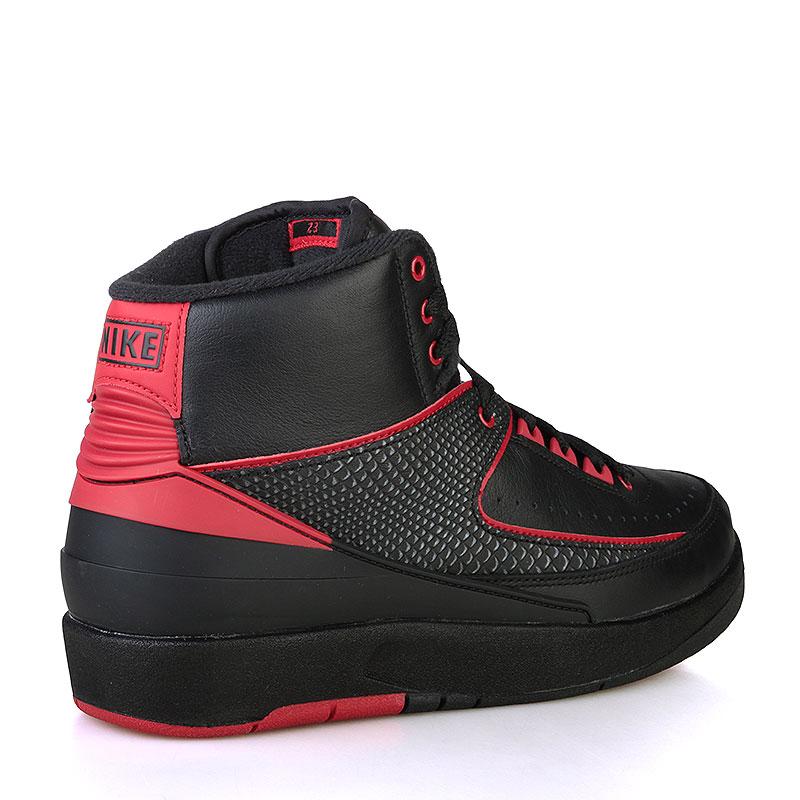 Купить мужские черные, красные  кроссовки air jordan ii retro в магазинах Streetball изображение - 2 картинки