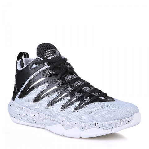Купить мужские чёрные, серые, белые  кроссовки jordan cp3.ix в магазинах Streetball - изображение 1 картинки