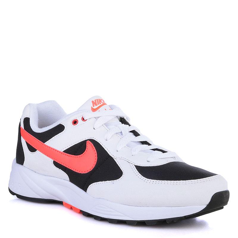 Кроссовки Nike Sportswear Air IcarusКроссовки lifestyle<br>Текстиль,резина<br><br>Цвет: Белый,красный,черный<br>Размеры US: 8;11<br>Пол: Мужской