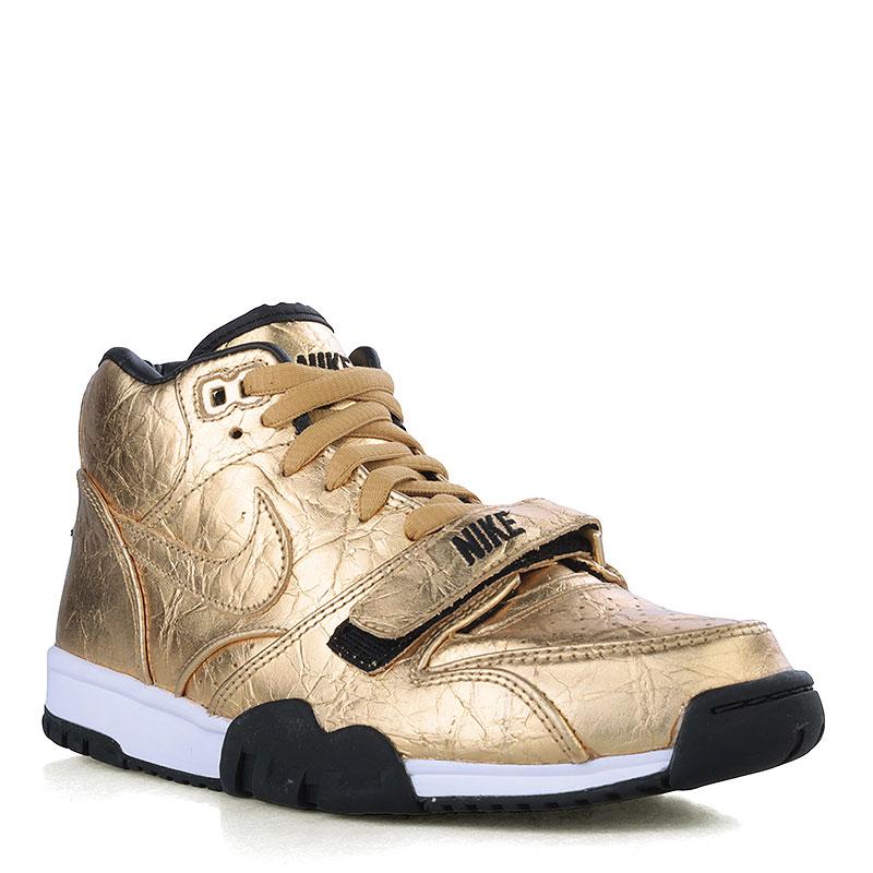 Кроссовки Nike Air Trainer 1 PRM QS (NFL)Кроссовки lifestyle<br>Кожа, текстиль, резина<br><br>Цвет: Золотой, чёрный<br>Размеры US: 11.5<br>Пол: Мужской