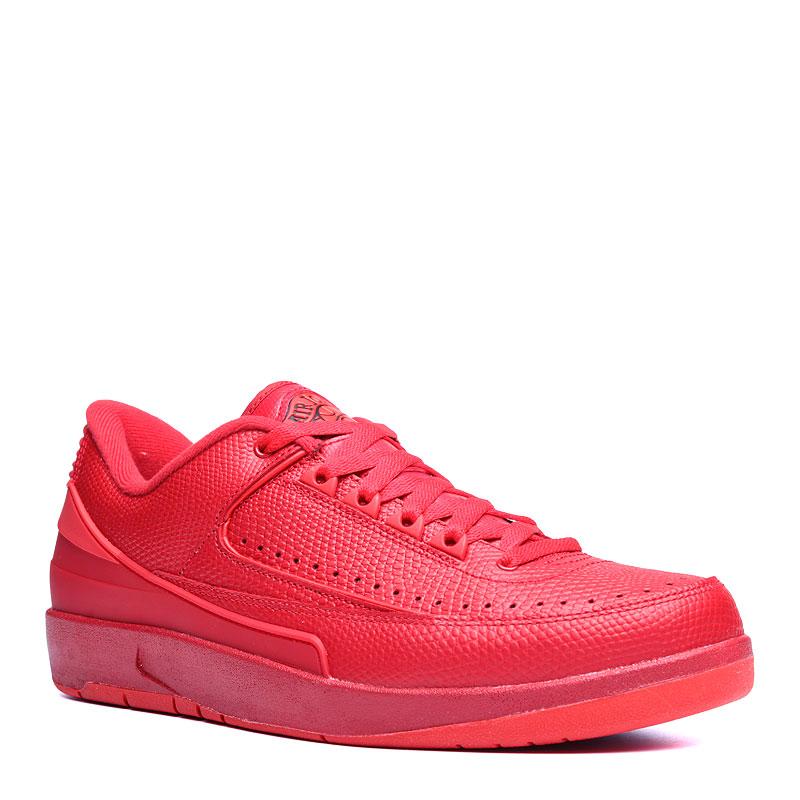Кроссовки Air Jordan II Retro lowКроссовки баскетбольные<br>кожа,текстиль,резина<br><br>Цвет: Красный<br>Размеры US: 8<br>Пол: Мужской
