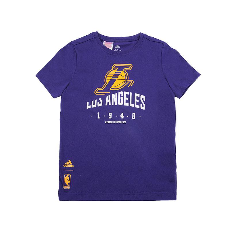 Футболка adidas Y Basics TeeФутболки<br>Хлопок, полиэстер<br><br>Цвет: Фиолетовый<br>Размеры UK: 116;140;164<br>Пол: Детский