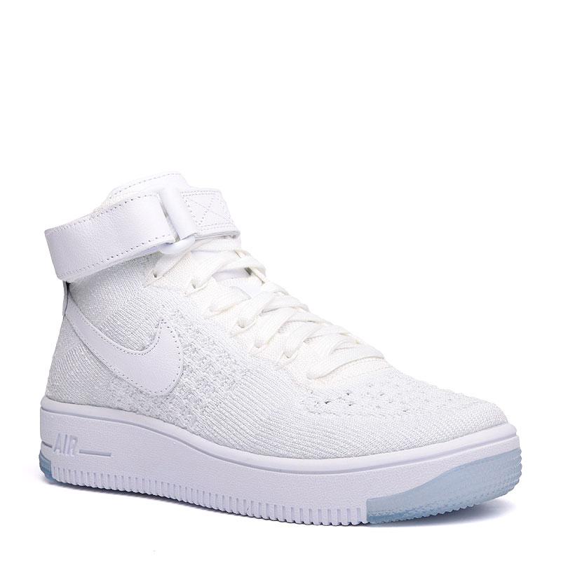 Кроссовки Nike WMNS Air Force 1 FlyknitКроссовки lifestyle<br>кожа,текстиль,резина<br><br>Цвет: Белый<br>Размеры US: 5<br>Пол: Женский