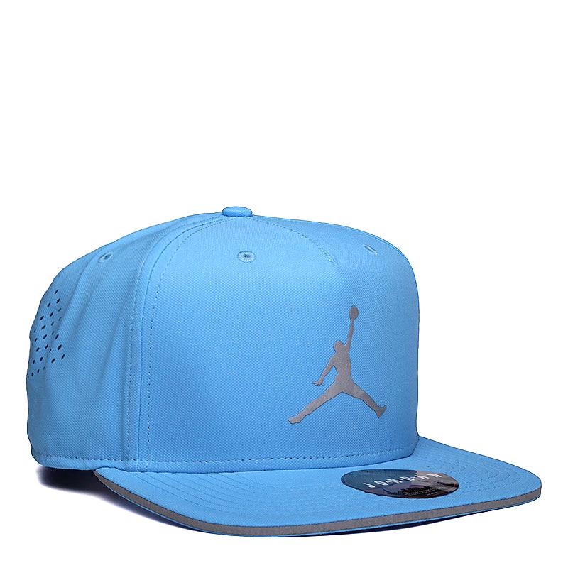 Кепка Jordan JumpmanКепки<br>Полиэстер, хлопок<br><br>Цвет: Голубой<br>Размеры US: OS<br>Пол: Мужской