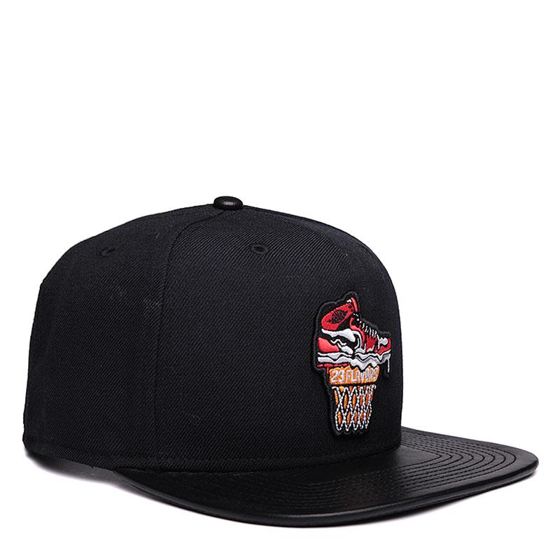 Кепка Jordan Ice CreamКепки<br>Шерсть, полиэстер, хлопок, кожа<br><br>Цвет: Черный<br>Размеры US: OS<br>Пол: Мужской