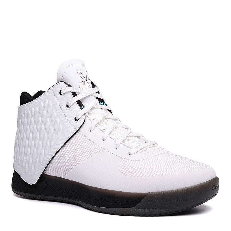 Кроссовки Brandblack J. Crossover 3Кроссовки баскетбольные<br>Синтетика, текстиль, резина<br><br>Цвет: Белый<br>Размеры : 8;8.5;9;12;12.5;13<br>Пол: Мужской